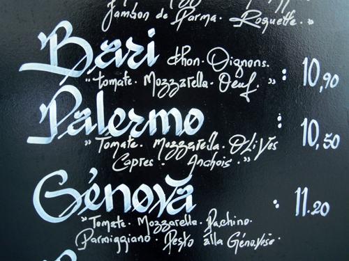 Pizzas de un restaurane italiano en la Rue Charonne